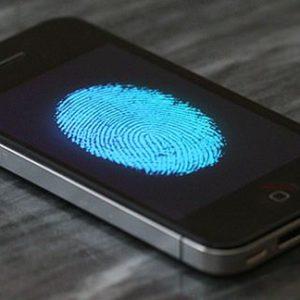 Законно ли изъятие смартфона ?